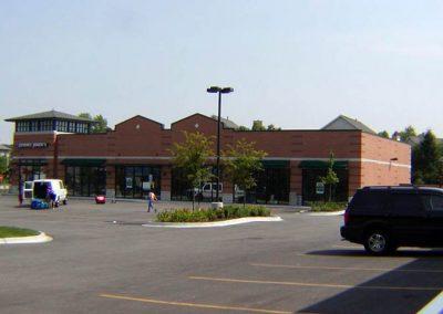 shopping strip Carol Stream, IL